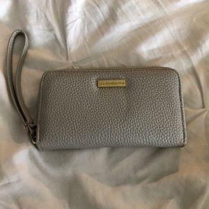 liz claiborne wallet/wristlet